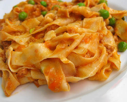Italian Fettuccine in tomato sauce and peas